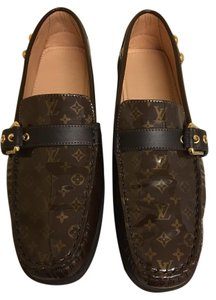 Louis Vuitton LV Logo Brown Flats