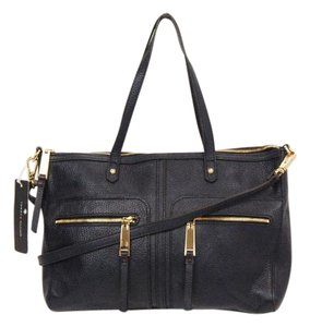 Tommy Hilfiger Pebble Leather Navy Convert Navy Satchel in Navy Blue