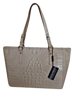 Brahmin Tote in Tan and creme (coquette)