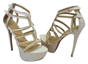 Liliana New Size 7.00 M Excellent Condition white Platforms