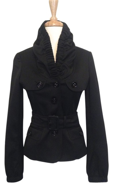 Preload https://item3.tradesy.com/images/burberry-black-blazer-size-2-xs-1982107-0-0.jpg?width=400&height=650