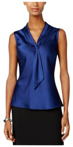 Elie Tahari Professional Royal Top blue