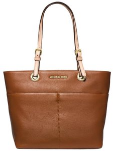 Michael Kors Bedford Mk 30h4gbft6l Tote in LUGGAGE