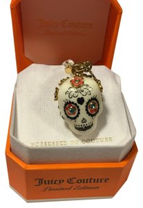 Juicy Couture NWT! JUICY COUTURE RARE LE 2013 SUGAR SKULL CHARM