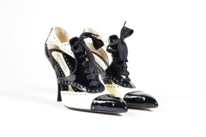 Saint Laurent Yves Cream Black Patent Leather Lace Up Brogue Multi-Color Pumps