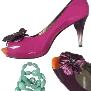 Poetic License Pink purple Pumps