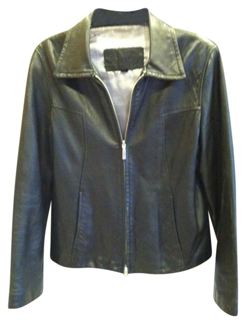 Preload https://item1.tradesy.com/images/guess-black-vintage-aged-in-a-good-way-leather-jacket-size-8-m-198240-0-0.jpg?width=400&height=650