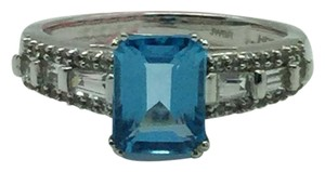 HDS Signed HDS 10 K White Gold Ring With Blue Topaz Stones Size 7 3/4