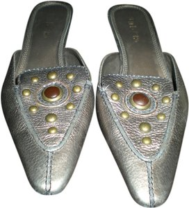 Unisa metallic gold leather Mules