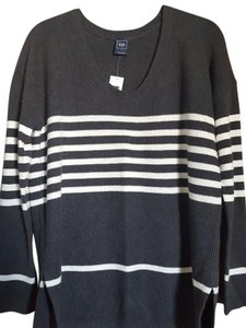 Gap Vneck New Grey/ivory Sweater