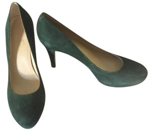 Marc Fisher Forest Green Pumps