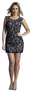Dave & Johnny Cocktail Formal Homecoming Lace Dress