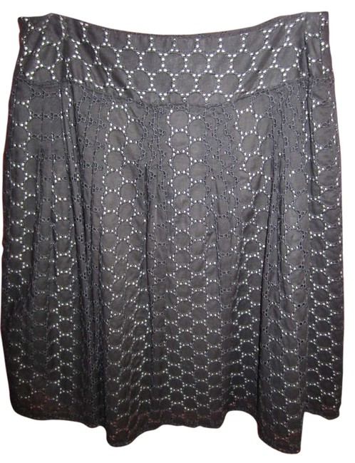 Preload https://item2.tradesy.com/images/ann-taylor-black-and-white-eyelet-summer-casual-knee-length-skirt-size-4-s-27-198266-0-0.jpg?width=400&height=650