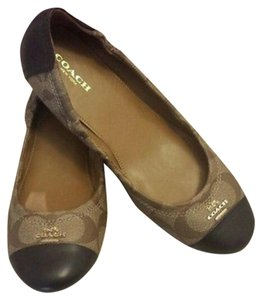 Coach Signature Brown/khaki Flats