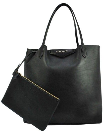 Preload https://img-static.tradesy.com/item/19827758/givenchy-antigona-shopping-hand-tote-black-leather-italy-shoulder-bag-0-1-540-540.jpg