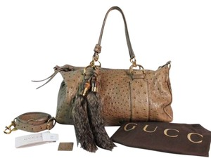 Gucci Ostrich Leather Limited Edition Monogram Crossbody Fur Boston Designer Couture Italy Satchel Boston Louis Vuitton Shoulder Bag