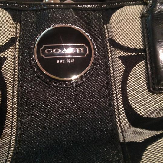 Coach and Four Tote in Black/grey Pattern Image 5