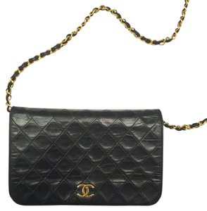 Chanel Vintage Leather Classic Cross Body Bag