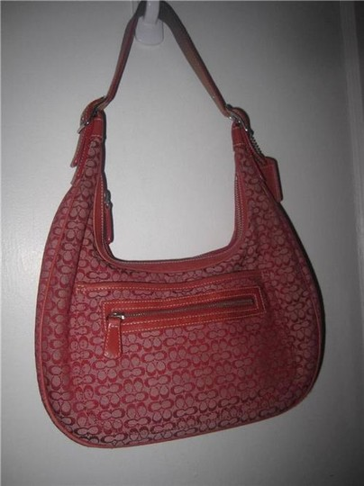 Coach Multiple Compartment Excellent Vintage Hobo/Shoulder Great Everyday Perfect Pop Of Color Hobo Bag Image 3