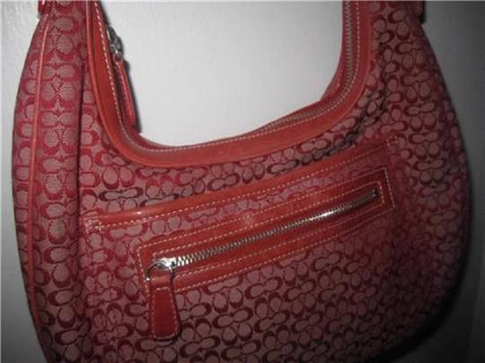 Coach Multiple Compartment Excellent Vintage Hobo/Shoulder Great Everyday Perfect Pop Of Color Hobo Bag Image 9