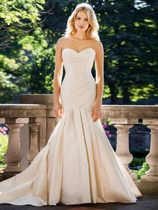Lea-Ann Belter Mathia Wedding Dress