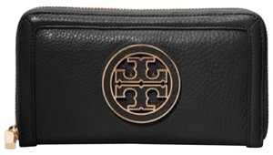 Tory Burch Amanda Logo Zip Wallet