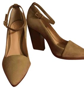 Tory Burch Camel Pumps
