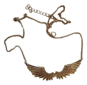 Topshop Topshop Angel's Wings Gold Necklace