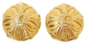 Chanel SALE - Chanel Vintage Flower Earrings
