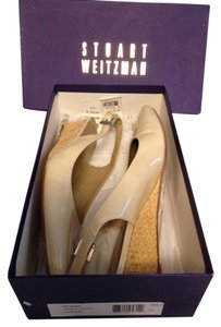 Stuart Weitzman Patent Leather Nude Beige Sandals