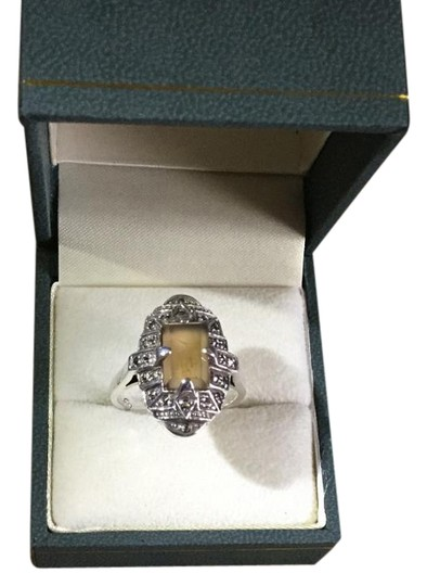 Preload https://img-static.tradesy.com/item/19832342/silver-sterling-with-marcasite-and-picture-agate-ring-0-3-540-540.jpg