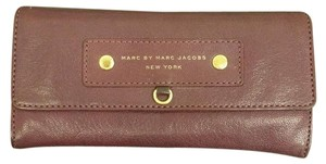 Marc Jacobs Marc by Marc Jacobs Clasic Q Bifold Leather