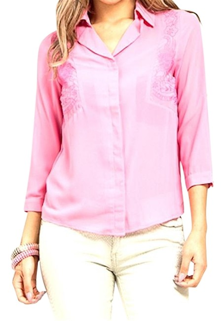 Preload https://img-static.tradesy.com/item/19832878/pink-floral-embroidered-blouse-button-down-top-size-12-l-0-1-650-650.jpg