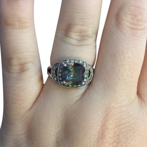 Avon Avon Mystic Topaz and Sterling Silver Ring Size 9