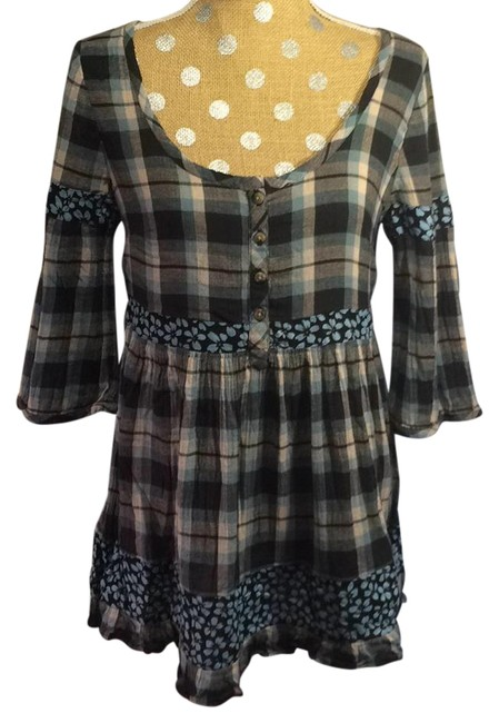 Preload https://img-static.tradesy.com/item/19833653/free-people-plaid-and-floral-tunic-size-8-m-0-1-650-650.jpg