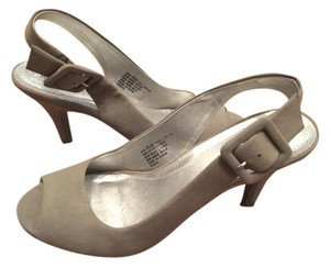 Kenneth Cole Reaction Slingback Pump Taupe Suede Pumps