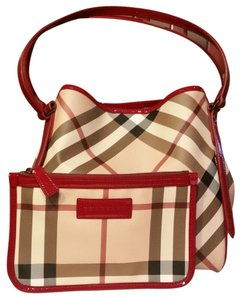 e2172f901612 Burberry Pouches - Up to 70% off at Tradesy