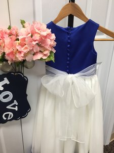 Little Flower Girl Dress Nwt
