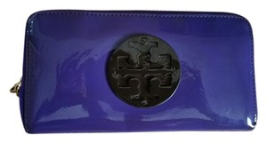 Tory Burch Tory Burch Patent Leather Continental Wallet, Purple
