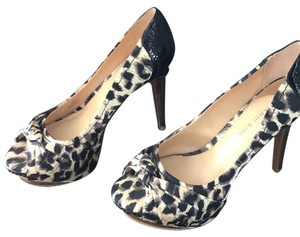 Gianni Bini Black/tan (Leapord print) Platforms