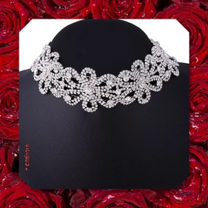 New Crystal Flower Wide Choker
