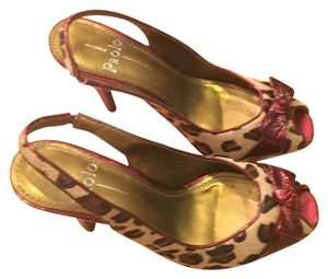 Linea Paolo Leopard print with red detail Pumps