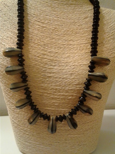 Other Women Beaded Necklace Image 2