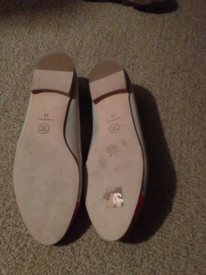 Chanel Size 39 Gray with hot pink toes Flats