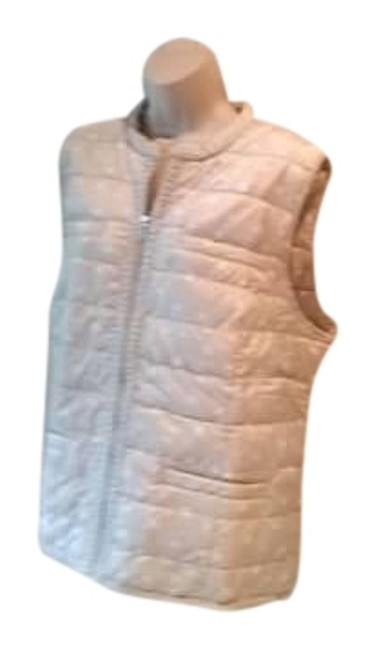Preload https://img-static.tradesy.com/item/19835741/chico-s-yellow-zenergy-quilted-cozy-vest-size-20-plus-1x-0-1-650-650.jpg