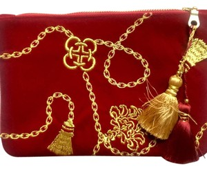 Shiraleah Wine and Gold Clutch