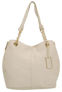 Vince Camuto Tote in Cream