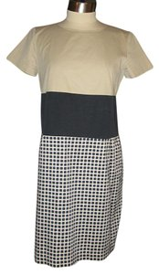 Max Mara short dress Multi-color Weekend Shift Sz 8 Beige Bodice Black White Skirt on Tradesy