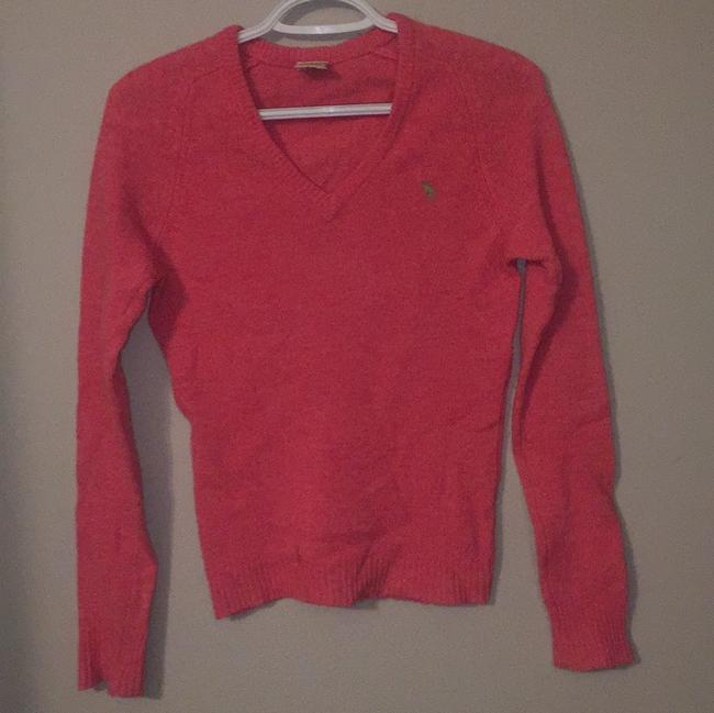 Preload https://img-static.tradesy.com/item/19836875/abercrombie-and-fitch-pink-sweater-0-0-650-650.jpg