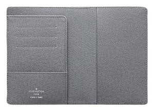 Louis Vuitton Louis Vuitton Passport Cover